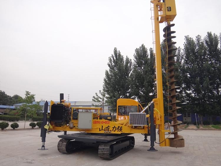 山东力强公司可根据用户的需求加工制作不同款式的旋挖钻机、打桩机